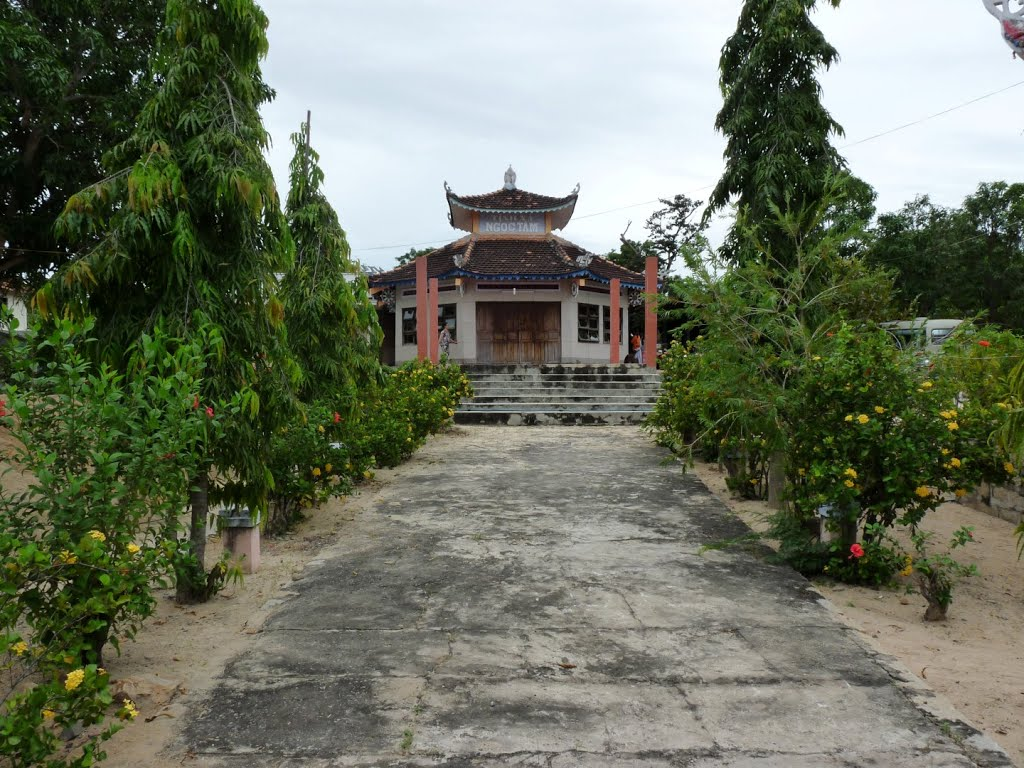 TXNgocTam-BThuan